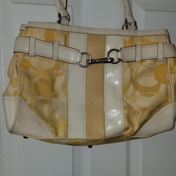 Coach Handbags - Medium size coach tote bag